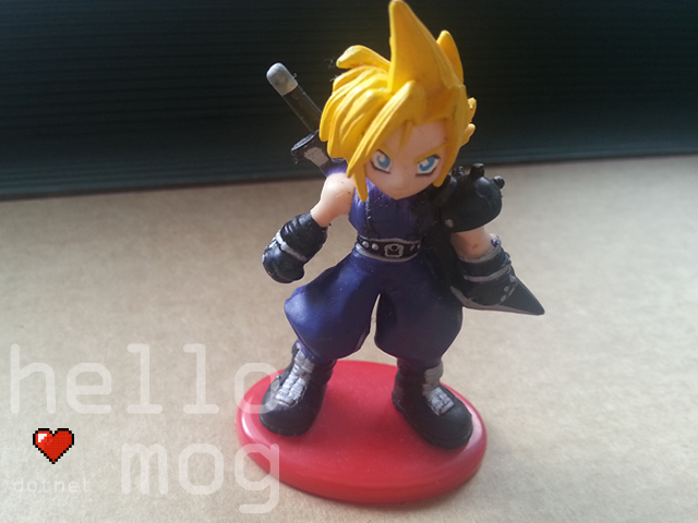 Final Fantasy VII Cloud Strife 01 Coca Cola Figure