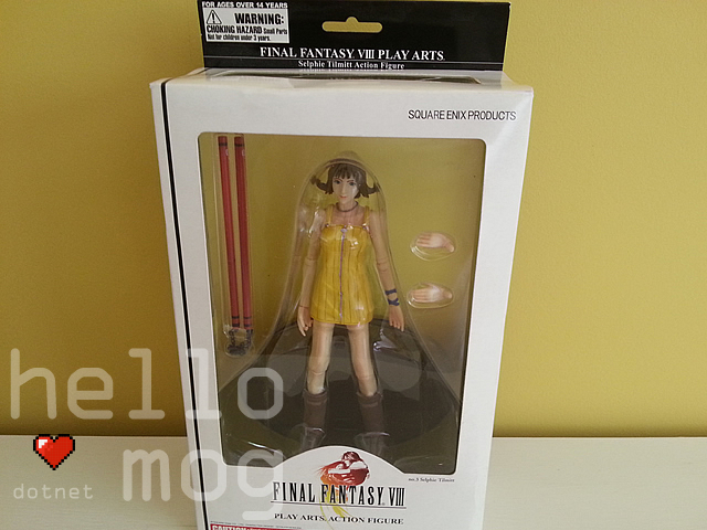 Final Fantasy VIII Selphie Tilmitt No. 3 Play Arts Action Figure